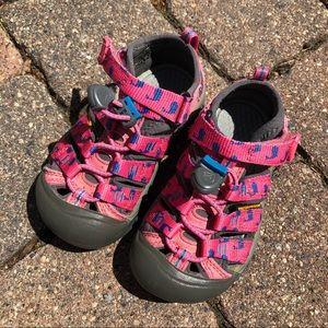 Keen Pink & Blue Whale Sandals